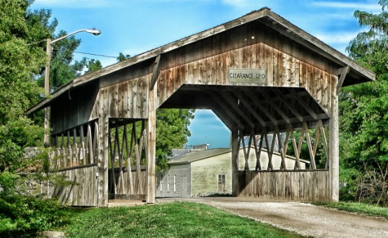 Nebraska Navi mieten Covered Bridge